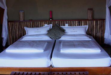 ベッド 370x250 - 豪華なキャンプ~最上級の贅沢を楽しみたい方へ~