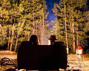 休みの日 300x240 - 2019年のRVとキャンプ業界のトレンド