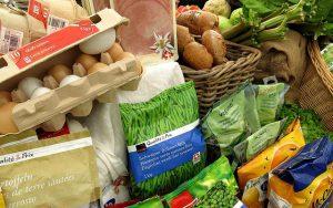 野菜 300x188 - キャンプ中の食べ物の保管方法のコツ