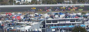 NASCARレース 1 300x110 - NASCARレース